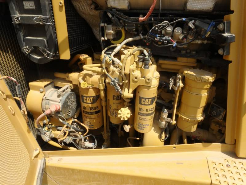 CATERPILLAR TRATORES DE ESTEIRAS D8T equipment  photo 12
