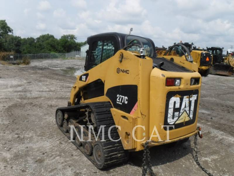CATERPILLAR MULTI TERRAIN LOADERS 277C equipment  photo 2