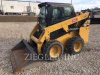 CATERPILLAR KOMPAKTLADER 232DF equipment  photo 1