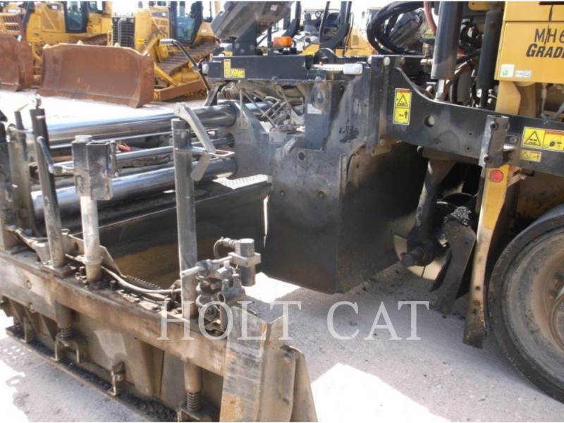 CATERPILLAR ASFALTATRICI AP655F equipment  photo 13