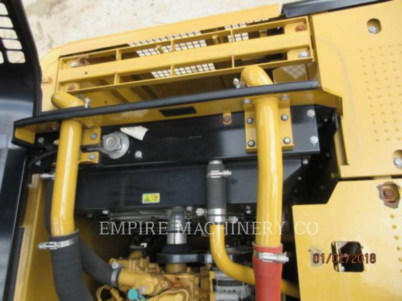 CATERPILLAR トラック油圧ショベル 320D2-GC equipment  photo 8