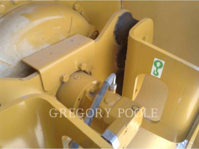 CATERPILLAR VIBRATORY SINGLE DRUM SMOOTH CS-56B equipment  photo 18