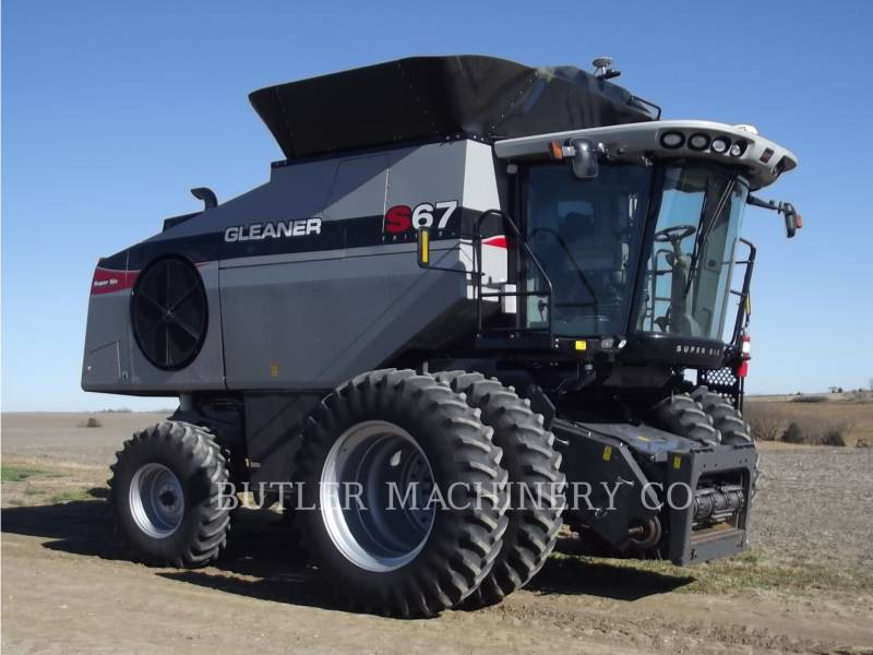 GLEANER COMBINADOS S67 equipment  photo 3
