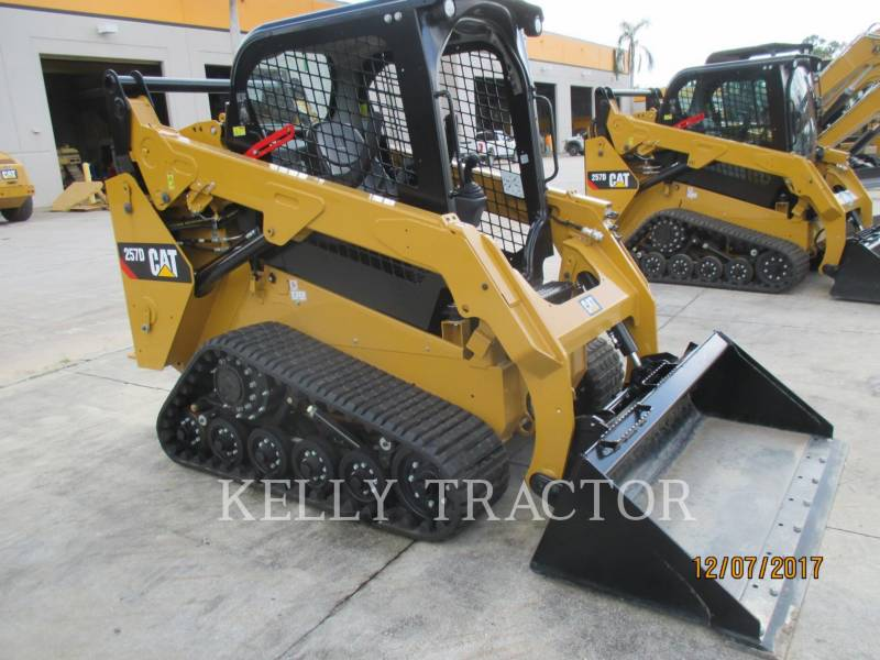 CATERPILLAR MULTI TERRAIN LOADERS 257D equipment  photo 1
