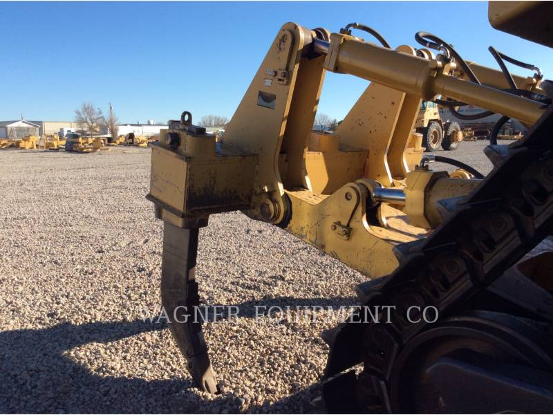 CATERPILLAR TRACK TYPE TRACTORS D9N equipment  photo 8