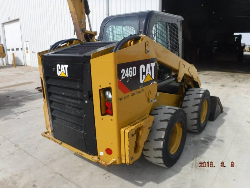CATERPILLAR CHARGEURS COMPACTS RIGIDES 246D equipment  photo 4