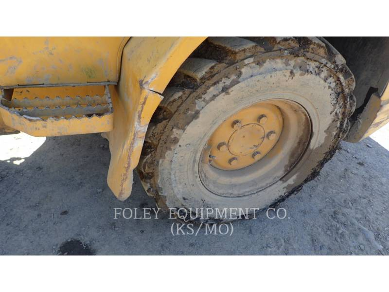 CATERPILLAR WHEEL LOADERS/INTEGRATED TOOLCARRIERS 904B equipment  photo 8