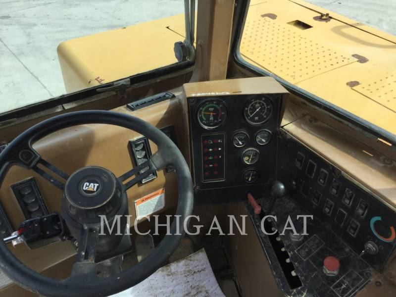 CATERPILLAR MOTOESCREPAS 613CII equipment  photo 9