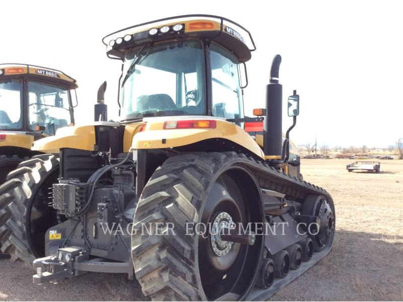 AGCO TRACTORES AGRÍCOLAS MT855C equipment  photo 4