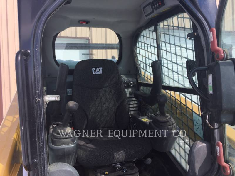 CATERPILLAR SKID STEER LOADERS 259D equipment  photo 12