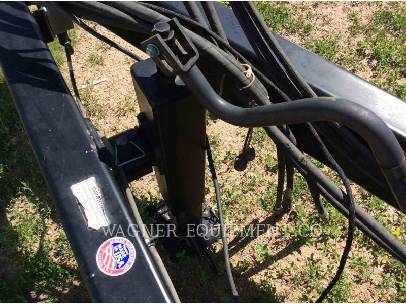 MISCELLANEOUS MFGRS AG HAY EQUIPMENT 2400 equipment  photo 16