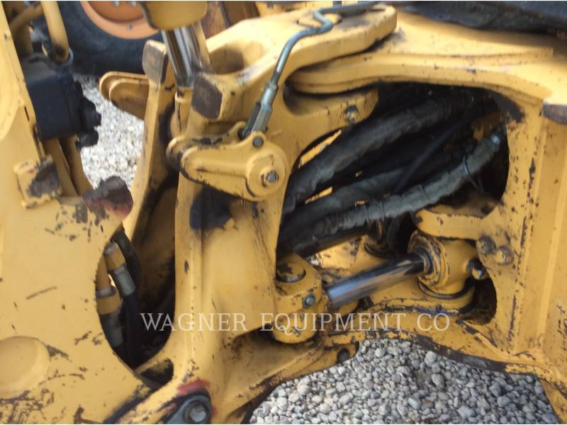 JOHN DEERE BACKHOE LOADERS 410E 4WD equipment  photo 18