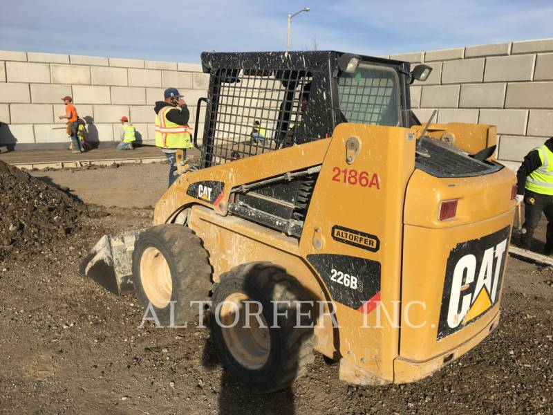 CATERPILLAR MINICARGADORAS 226B3 equipment  photo 3