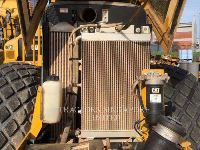 CATERPILLAR VIBRATORY SINGLE DRUM SMOOTH CS-533E equipment  photo 20