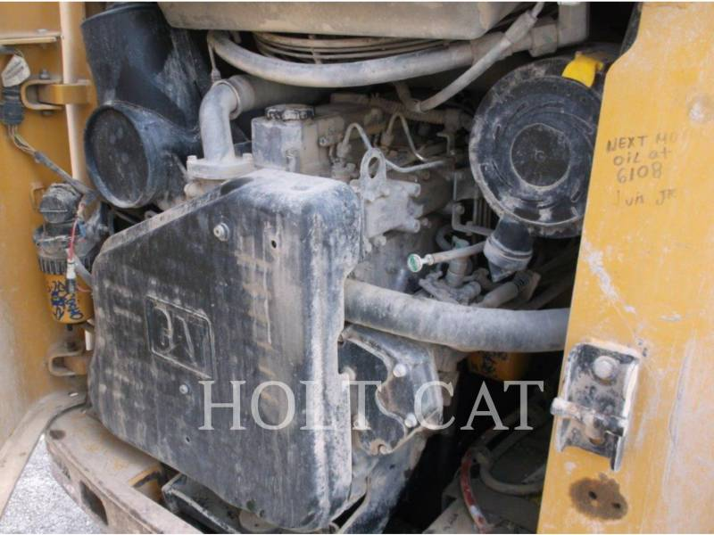 Caterpillar MINIÎNCĂRCĂTOARE RIGIDE MULTIFUNCŢIONALE 252B3 equipment  photo 5