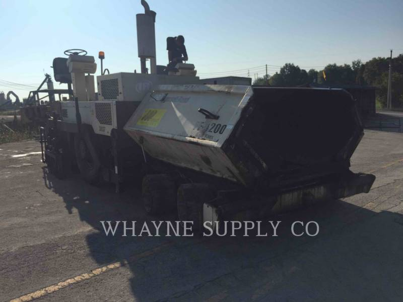 BLAW KNOX / INGERSOLL-RAND ASPHALT PAVERS PF3200 equipment  photo 23