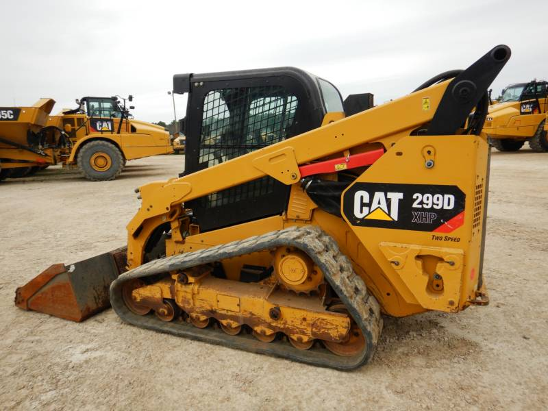 CATERPILLAR CHARGEURS TOUT TERRAIN 299 D XHP equipment  photo 5