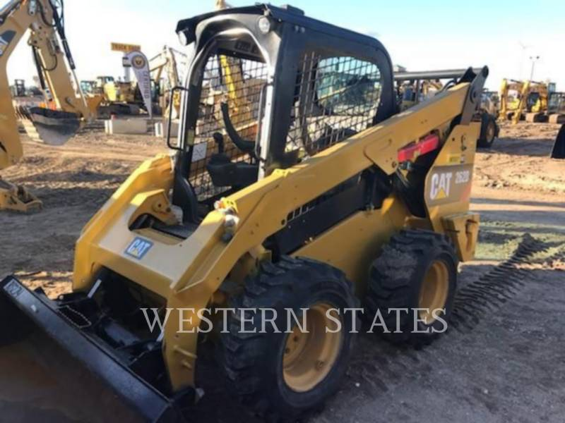 CATERPILLAR PALE COMPATTE SKID STEER 262 D equipment  photo 1
