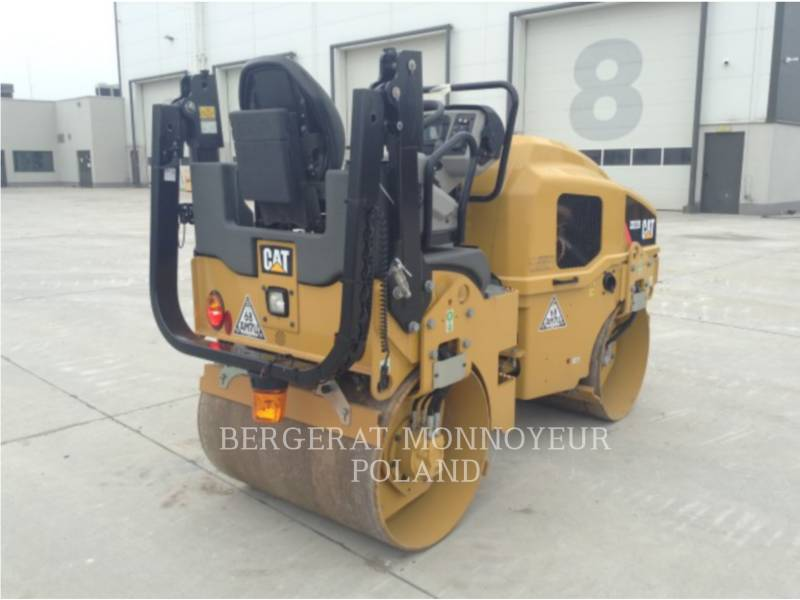 CATERPILLAR COMPACTEURS TANDEMS VIBRANTS CB22BLRC equipment  photo 8