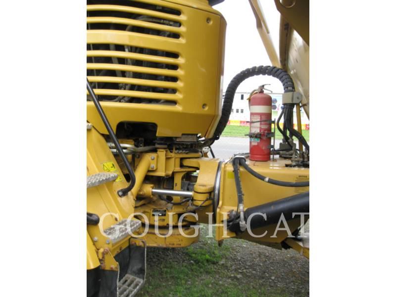 CATERPILLAR KNICKGELENKTE MULDENKIPPER 730 equipment  photo 6