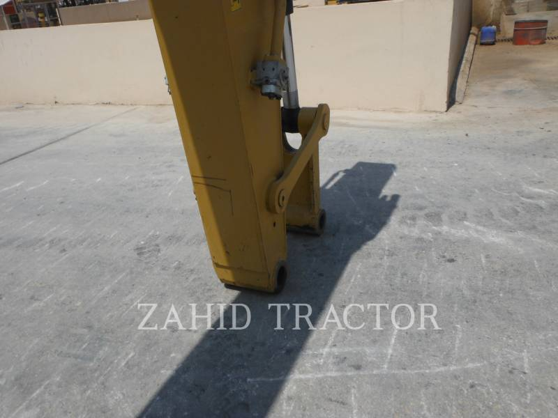 CATERPILLAR 履带式挖掘机 320D2L equipment  photo 5