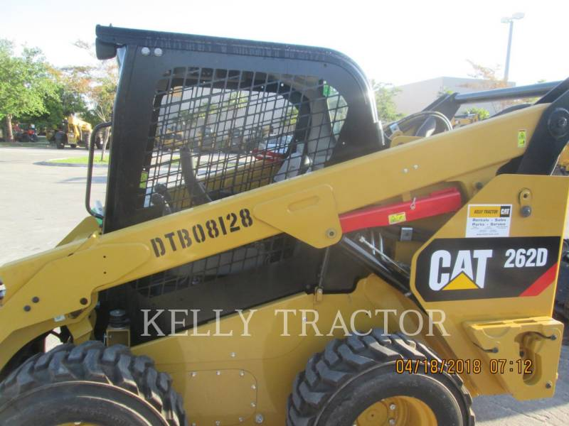 CATERPILLAR 滑移转向装载机 262D equipment  photo 6