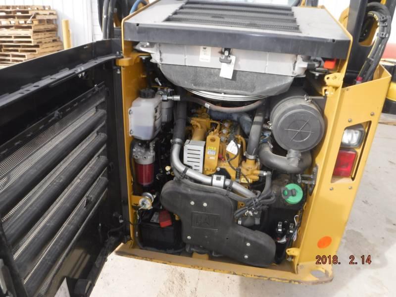 CATERPILLAR MINICARGADORAS 242D equipment  photo 11