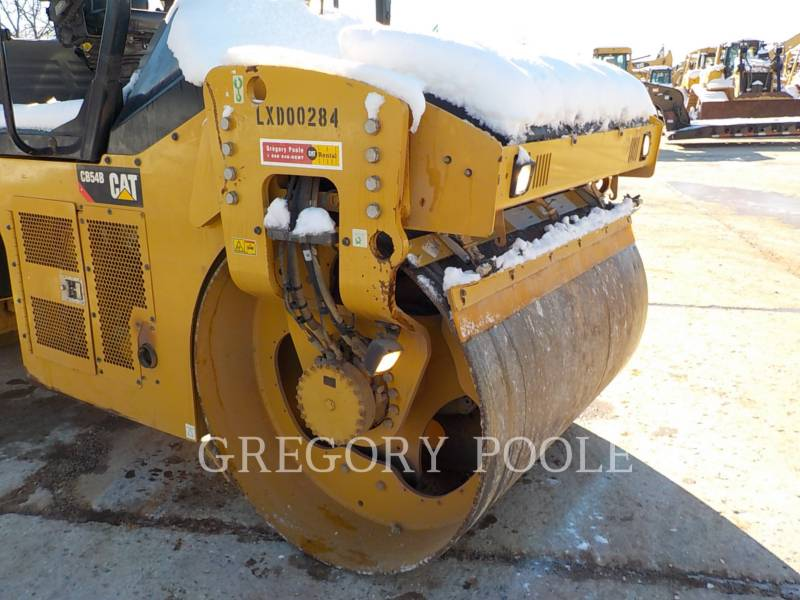 CATERPILLAR TANDEMVIBRATIONSWALZE, ASPHALT CB-54 equipment  photo 6