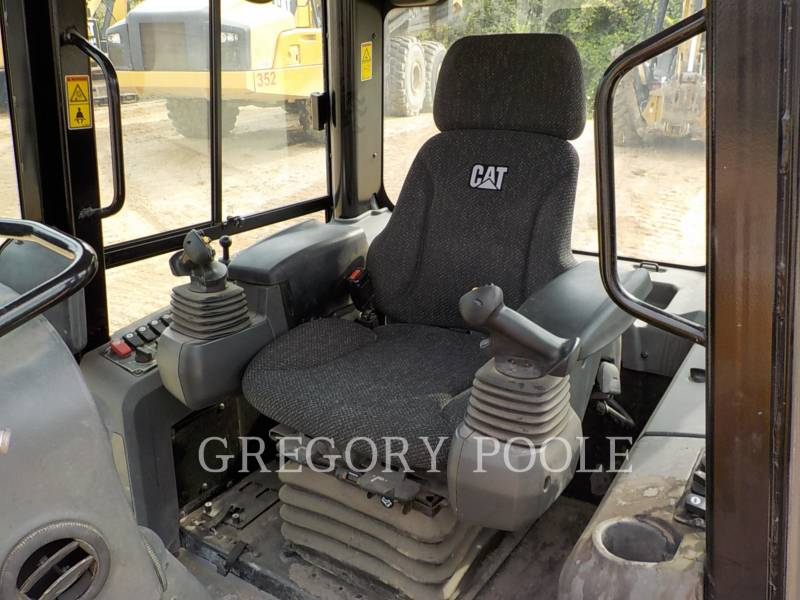 CATERPILLAR TRACTORES DE CADENAS D6K2 LGP equipment  photo 20