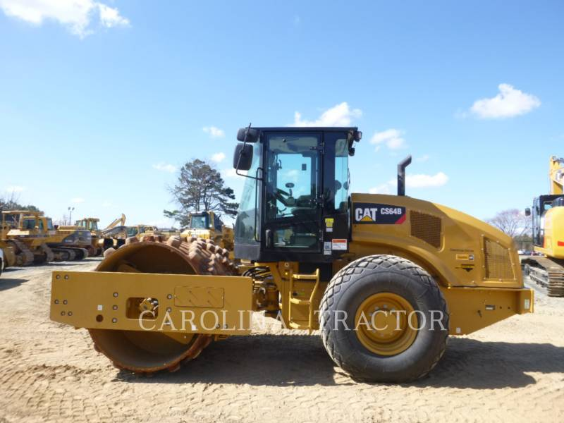 CATERPILLAR VIBRATORY TANDEM ROLLERS CS64B CB equipment  photo 1