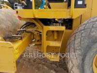 CATERPILLAR VIBRATORY SINGLE DRUM SMOOTH CS-54 equipment  photo 16