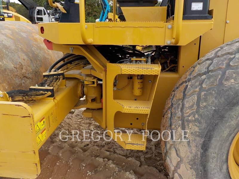 CATERPILLAR VIBRATORY SINGLE DRUM SMOOTH CS54 equipment  photo 16