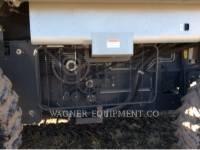GLEANER COMBINADOS R76 equipment  photo 13