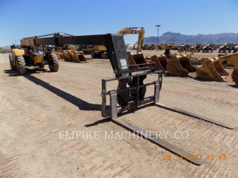 CATERPILLAR TELEHANDLER TL943D equipment  photo 1