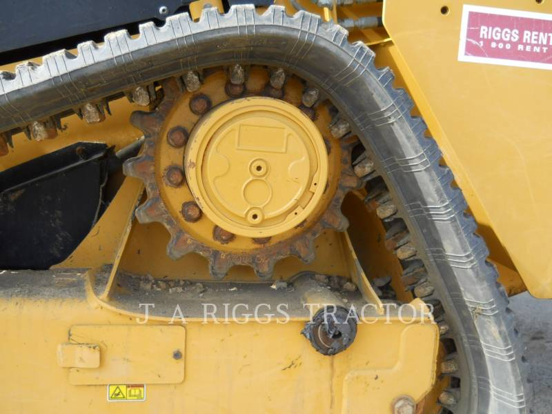 CATERPILLAR MULTI TERRAIN LOADERS 239D equipment  photo 12