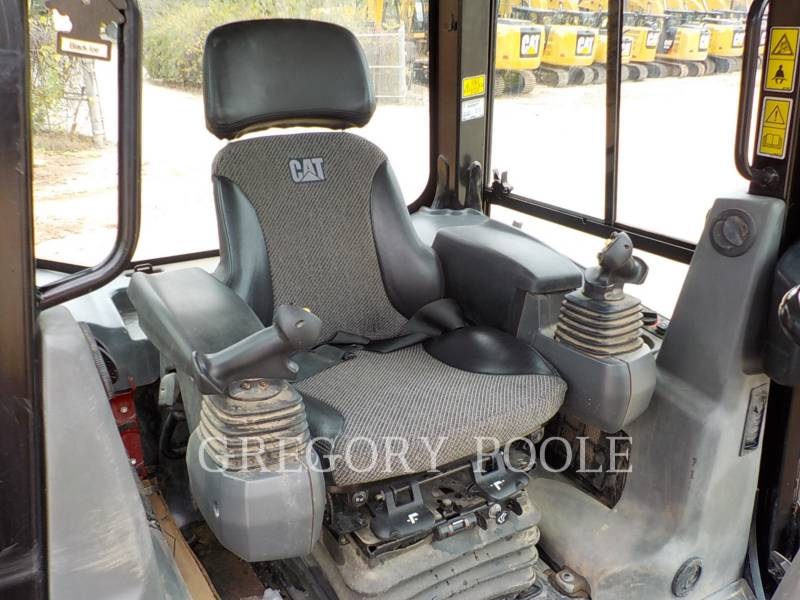 CATERPILLAR KETTENDOZER D4K2 LGP equipment  photo 21