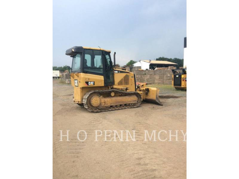 CATERPILLAR TRACK TYPE TRACTORS D 3 K XL equipment  photo 2