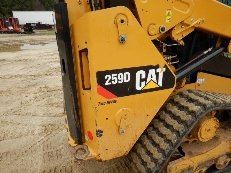 CATERPILLAR CHARGEURS TOUT TERRAIN 259D equipment  photo 21