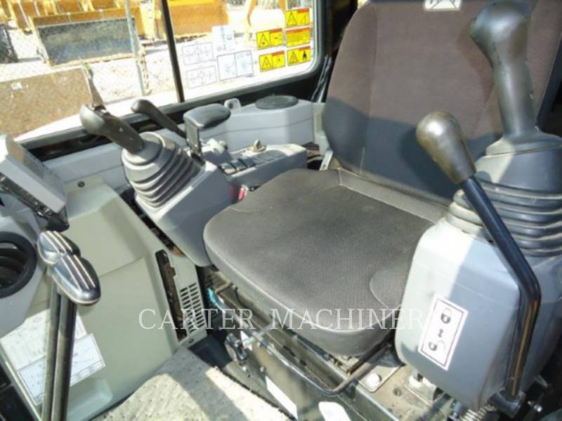 CATERPILLAR EXCAVADORAS DE CADENAS 303.5 E CR equipment  photo 12