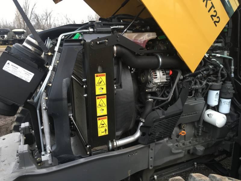 CHALLENGER AG TRACTORS MT455D equipment  photo 16