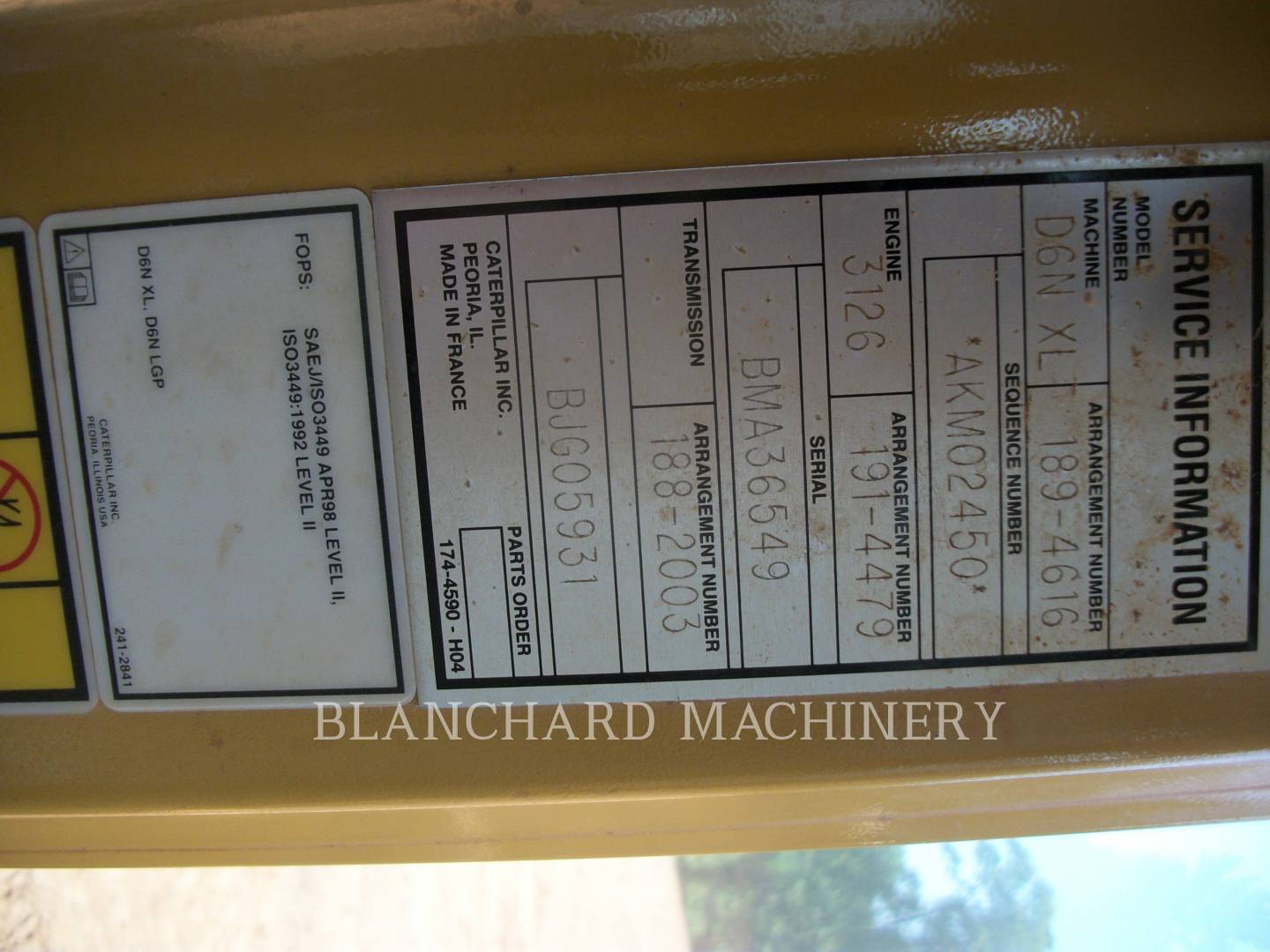 Detail photo of 2007 Caterpillar D6N XL from Construction Equipment Guide
