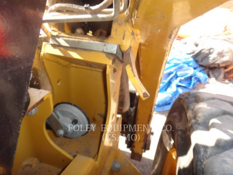 CATERPILLAR CHARGEURS COMPACTS RIGIDES 262C equipment  photo 20