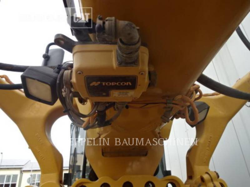 CATERPILLAR NIVELEUSES 140M equipment  photo 14
