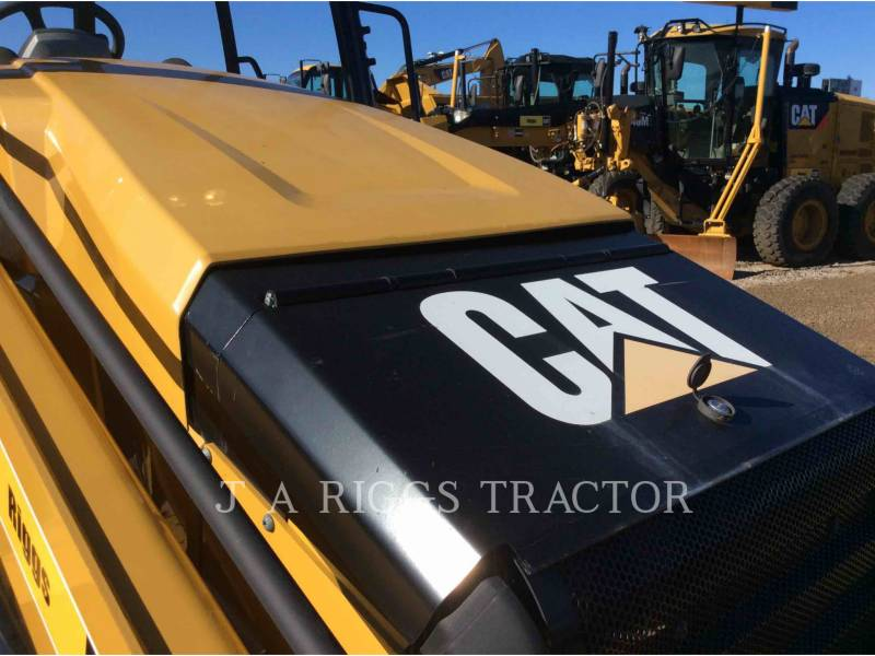 CATERPILLAR バックホーローダ 420FST equipment  photo 16