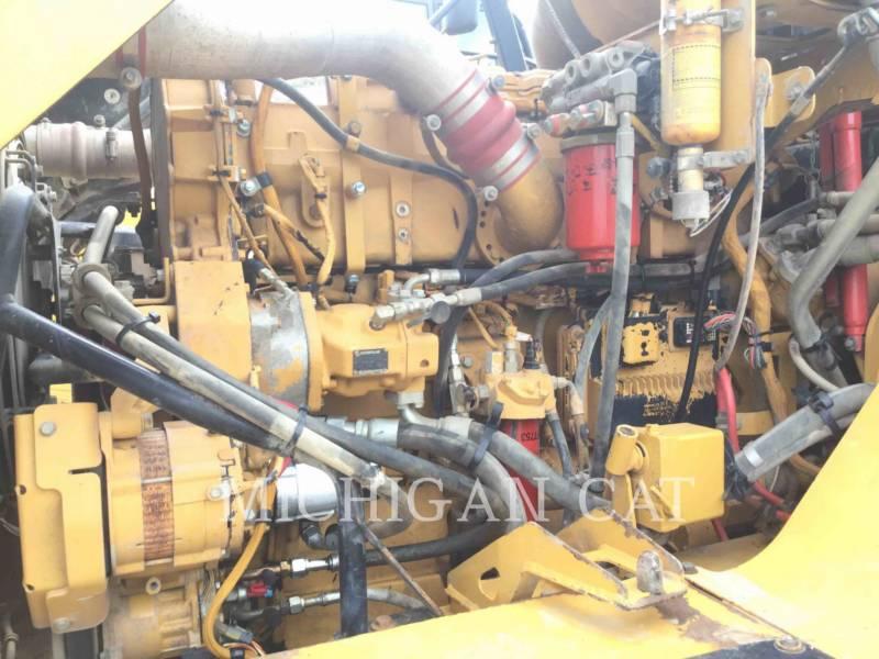CATERPILLAR CAMIONES ARTICULADOS 740 T equipment  photo 8