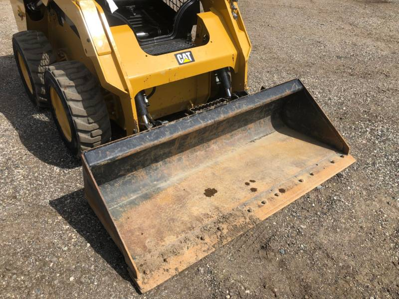 CATERPILLAR CHARGEURS COMPACTS RIGIDES 236D equipment  photo 18