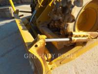 CATERPILLAR WHEEL DOZERS 815F II equipment  photo 3