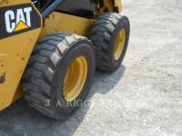 CATERPILLAR PALE COMPATTE SKID STEER 242D A equipment  photo 11
