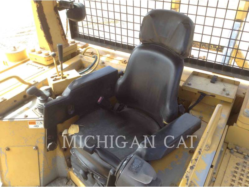 CATERPILLAR TRACK TYPE TRACTORS D6RXW equipment  photo 5