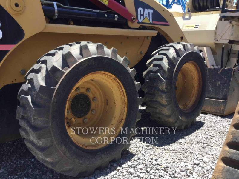 CATERPILLAR MINICARGADORAS 226B equipment  photo 9
